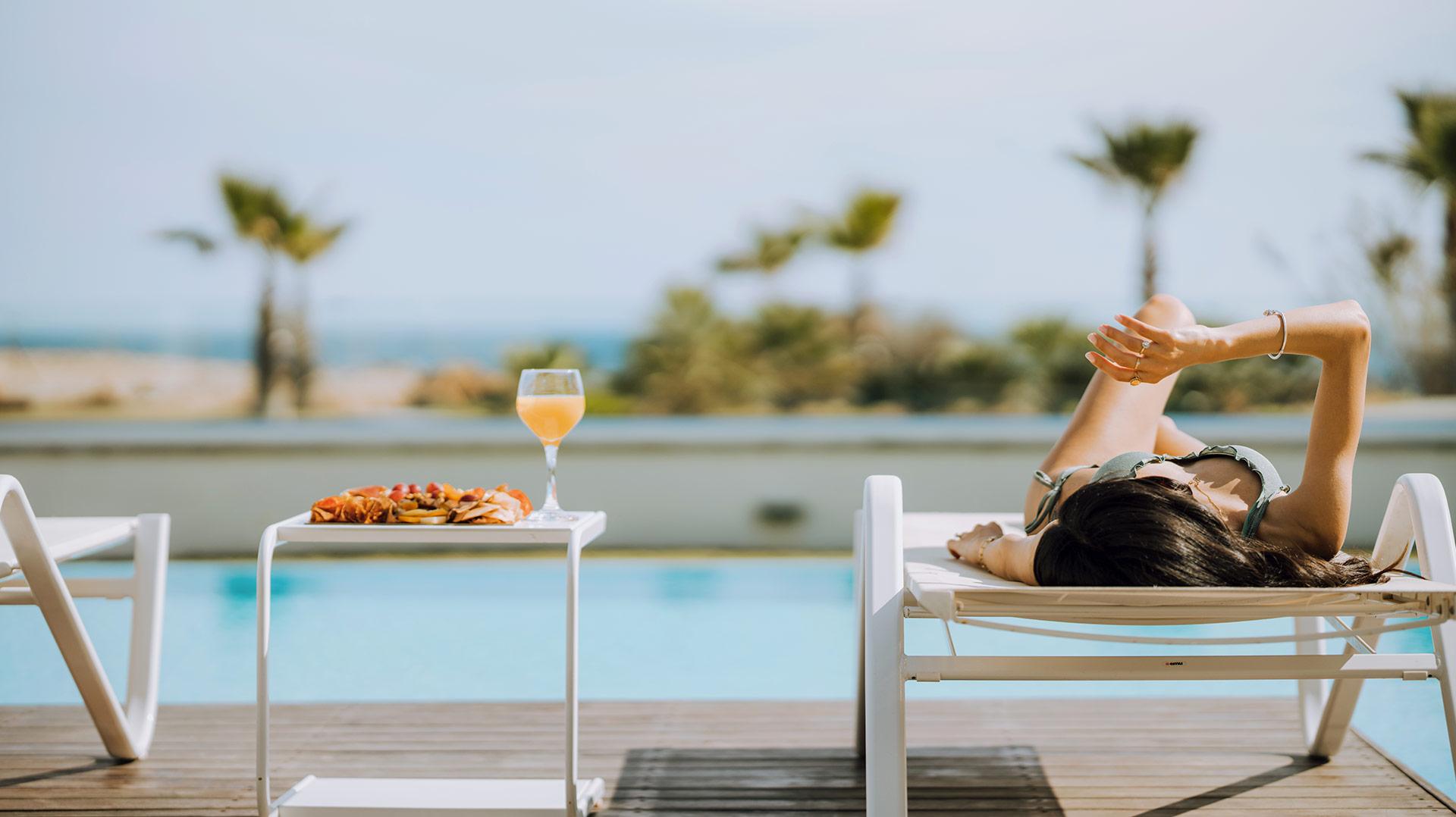 relaxing pool vivo mare ayia napa